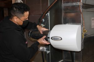 Air cleaner and humidifier installation
